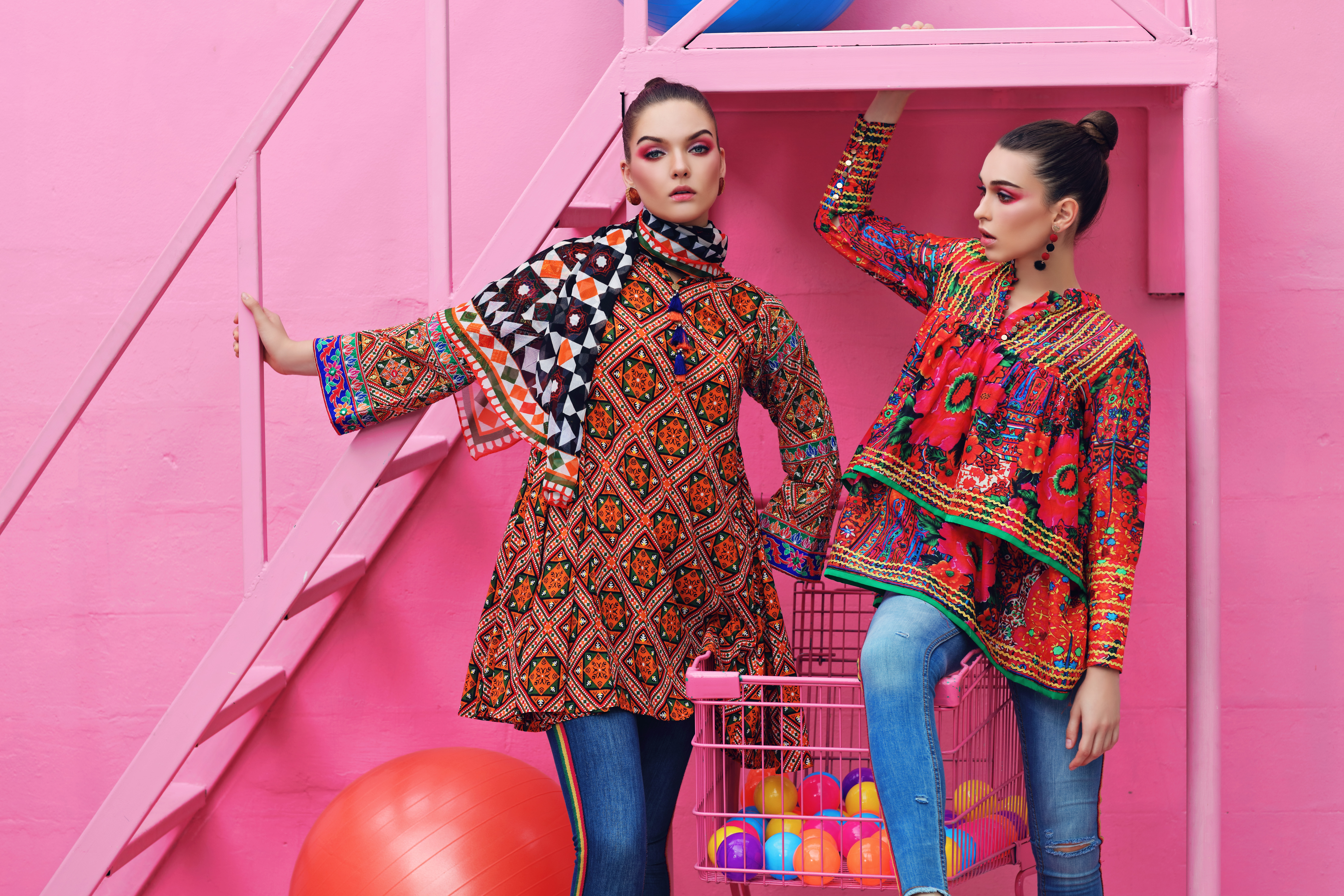 a69c97ee7e Lawn Collection 2019: Ladies Lawn Suits Online in Pakistan | Social ...