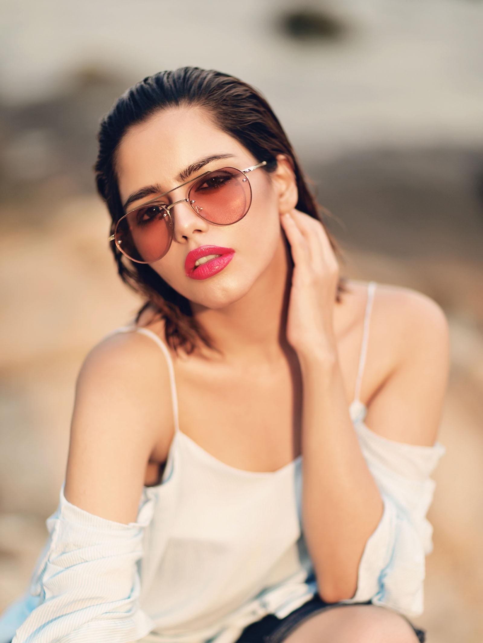 Hina Ashfaq – Model